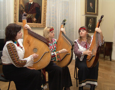 Oriana performed upon invitation of the society of the fans of ancient culture in the city of Nowy Socz in Poland